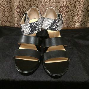 Bella vita B&W heels/pumps